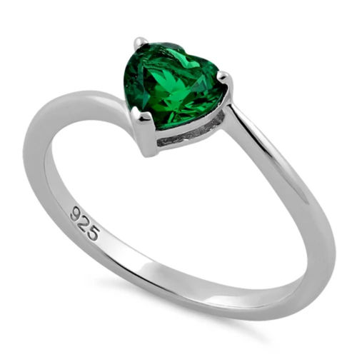 S/S Emerald Green CZ Heart Ring